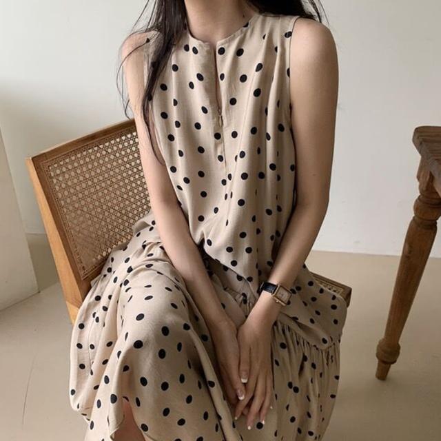 【Pure 衣櫃】韓版休閒點點氣質洋裝(修身/舒適/百搭/KDD-8189)