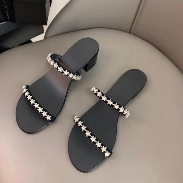 【Taroko】微涼水鑽星星鞋外穿涼拖鞋(2款可選)
