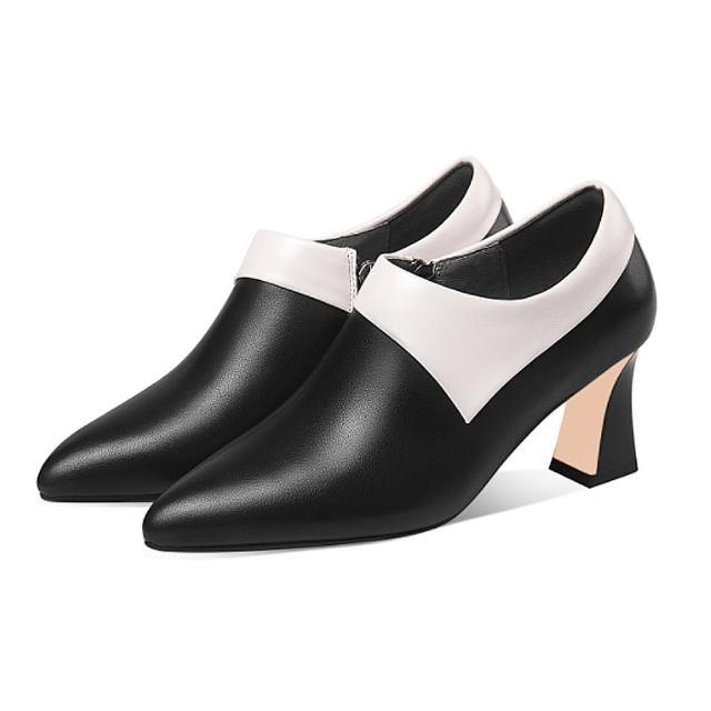 【Sp house】極簡樣式全真牛皮尖頭拼色粗高跟短靴(2色可選)