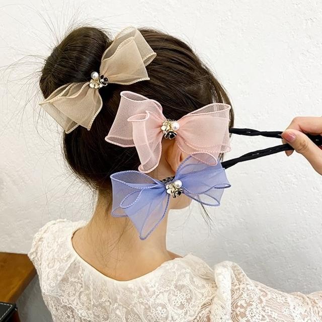 【Emi 艾迷】韓系浪漫心機珍珠花朵雪紡蝴蝶結丸子頭盤髮棒
