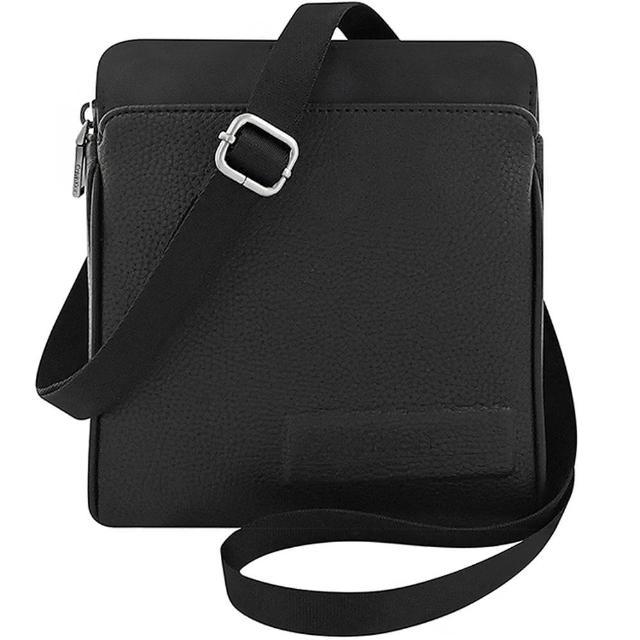 【Calvin Klein 凱文克萊】荔枝紋皮革小型斜背包(黑色)