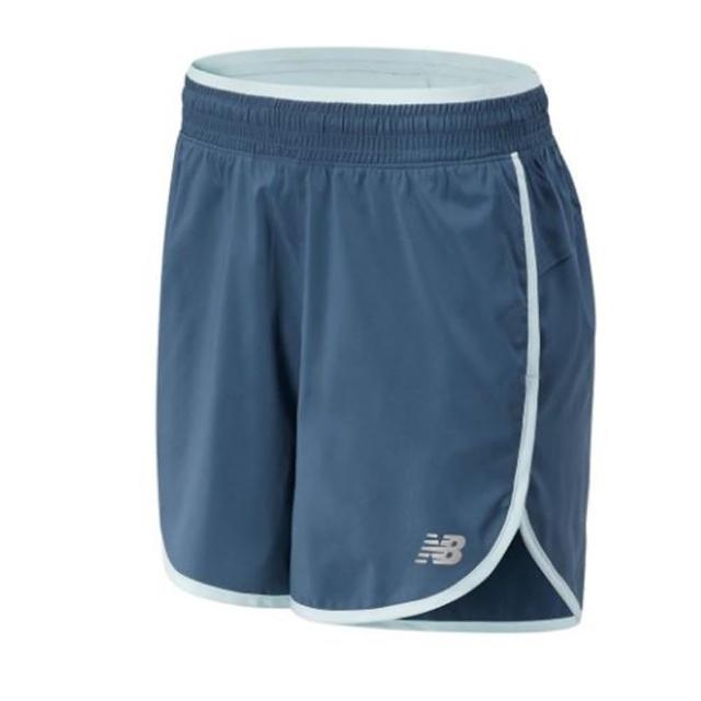 【NEW BALANCE】NB 短褲 女款 運動短褲 健身 慢跑 綠 AWS01209DOG