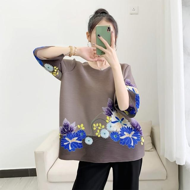 【羽生摺衣】i摺衣-日系印花 配色 五分袖 壓褶 彩色花朵上衣(共二色)