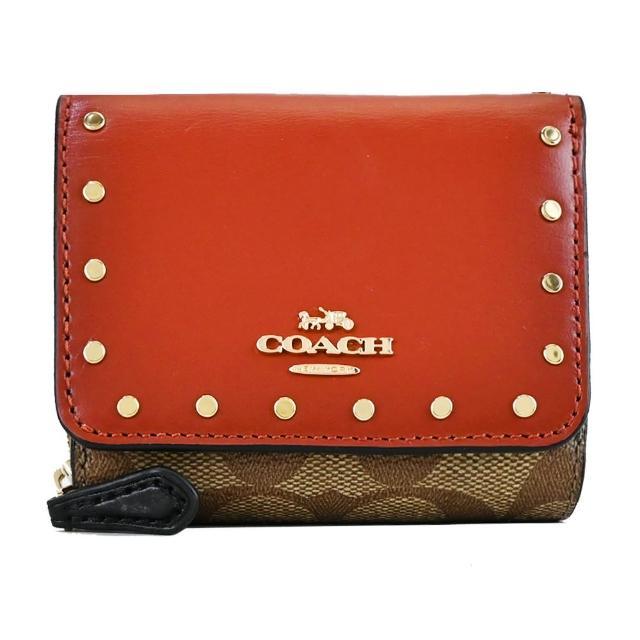 【COACH】立體馬車鉚釘綴飾皮革拼接緹花三折短夾(卡其紅棕)